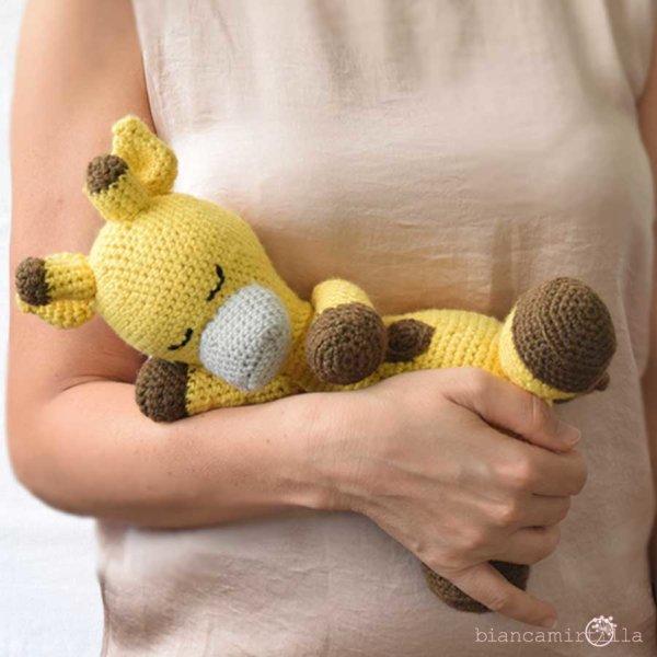 Raffaella giraffa amigurumi a uncinetto, idee regalo per bambini