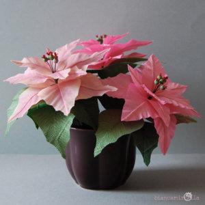 Stella di Natale rosa, fiori di carta crespa idee regalo