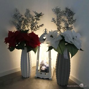 Stelle di Natale di carta crespa bianche e rosse idee regalo Natale